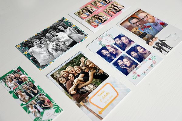creative photo frame for wedding photobooth